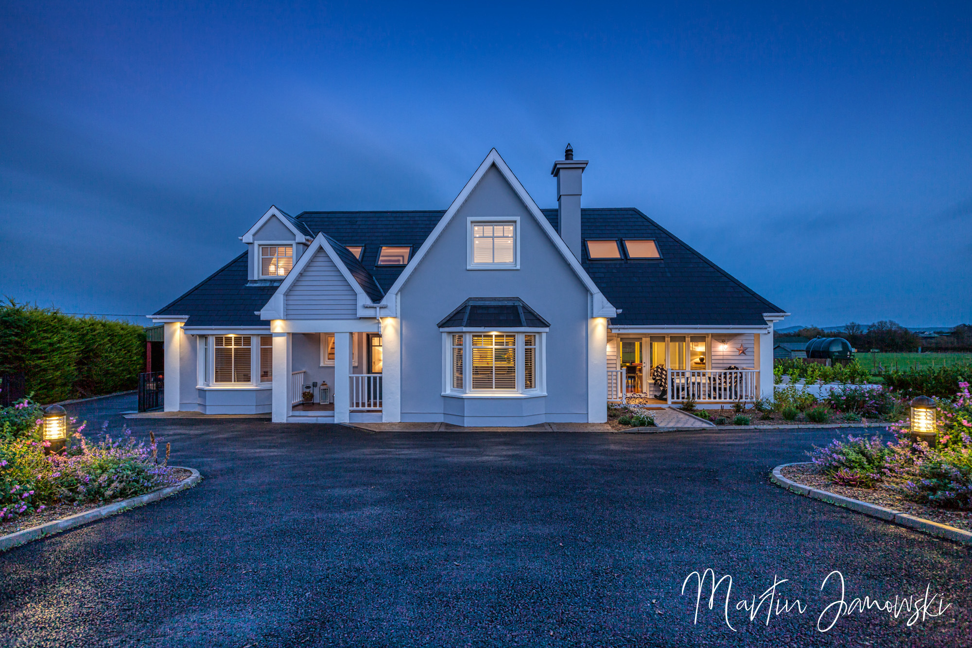 exterior photographer cork